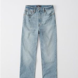 A&F ULTRA HIGH RISE ANKLE STRAIGHT Jean Size 25